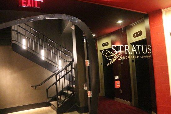 Kimpton Hotel Monaco Philadelphia: Entrance to rooftop lounge