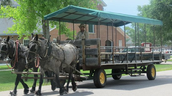 Fort Robinson State Park: Horse Drawn Historical Tour