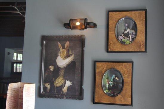 The Bradgate: decor