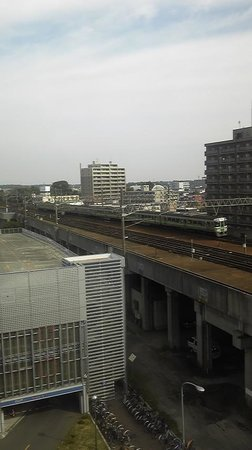 Chitose Station Hotel : 西側のトレインビュー