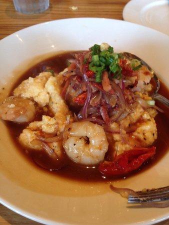 Yardbird - Southern Table & Bar : Shrimp and grits