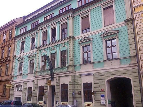 Innsbruck - Ristorante Pizzeria Sapori - von aussen gesehen