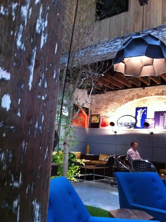 Ovolo 1888 Darling Harbour: great design and colors!