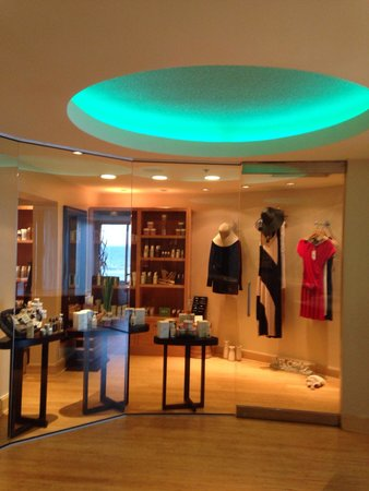 One Ocean Resort & Spa : Boutique in spa
