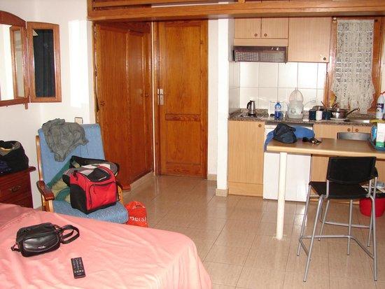Las Lilas Apartments : Estudio con cocina
