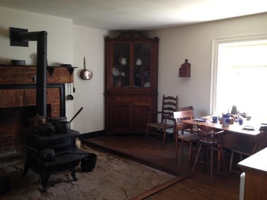 Appomattox Court House National Historical Park : Summer kitchen inside McLean House