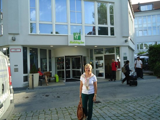 Holiday Inn Munich-South: Fachada do Hotel