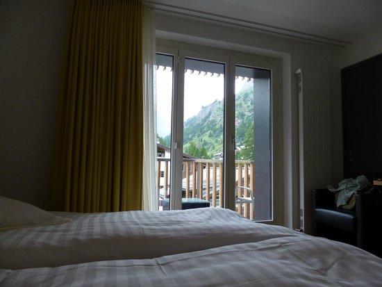 Hotel Bristol : マッターホルンビューの客室