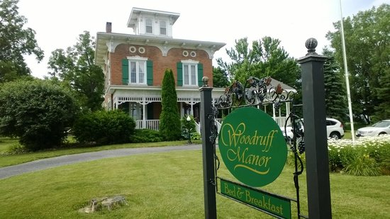 Woodruff Manor Bed & Breakfast : Exterior
