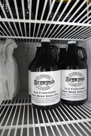 Glenwood Canyon Brewing Company : Treat the family to Root Beer Floats & pick up a growler to go!