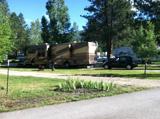 Yellowstone's Edge RV Park : great place to stay