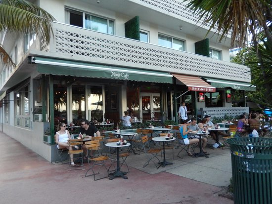 News Cafe Exterior Of The Restaurant On Ocean Drive