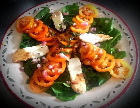 Artcafe : rucola tomato mozzarella