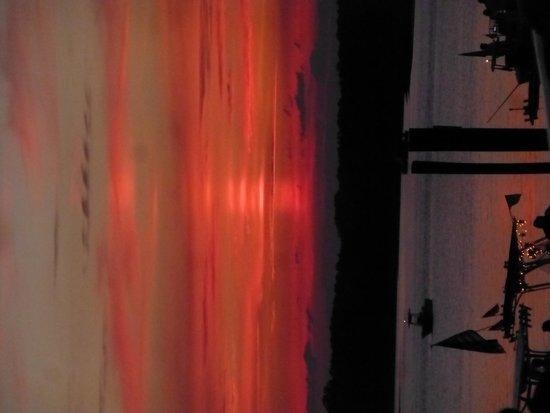 Marriott's Barony Beach Club : 4th of July sunset