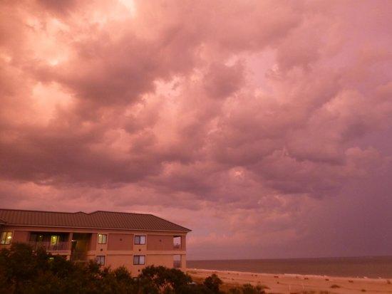 Marriott's Barony Beach Club: Hurricane Arthur skies
