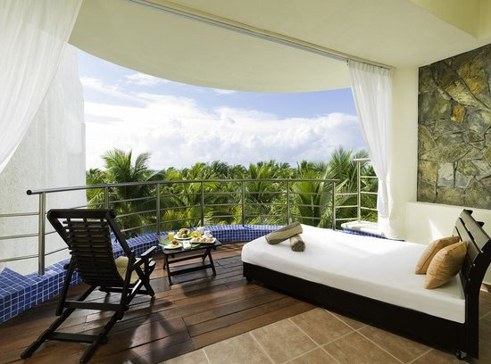 El Dorado Maroma, a Beachfront Resort, by Karisma: Honeymoon Royal Suite