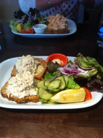 O'Callaghan's Delicatessen & Cafe: Crab Open Sandwich