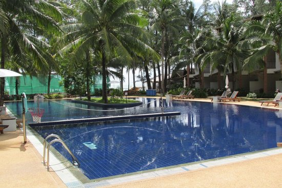Sunwing Bangtao Beach : Sports Pool