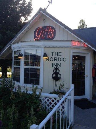 The Nordic Inn: Lobby