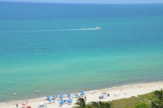 Grand Beach Hotel: vista da janela do quarto