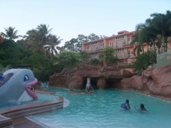 Hotel Cielo Mar: piscina