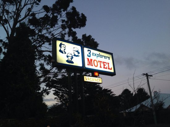 3 Explorers Motel: Hotel