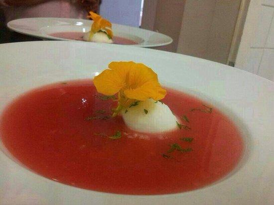 Mayers Bar & Restaurant: Melonenkaltschale, Zitronensorbet, frische Minze