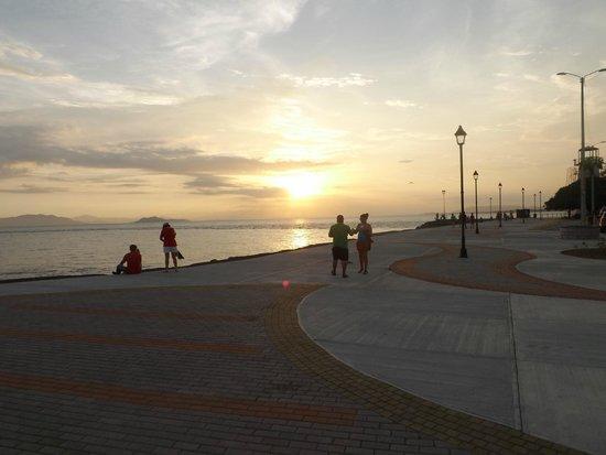 Hotel La Punta : sunset