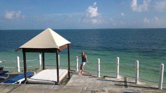 Hotel Dos Playas Beach House: на территории отеля