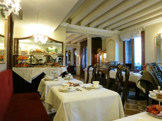 Hotel Canal Grande: Breakfast room