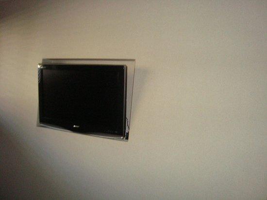 Hidden Ridge Resort: tv in room