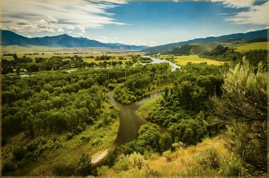 Hansen-Silver Guest Ranch : Above The Snake River