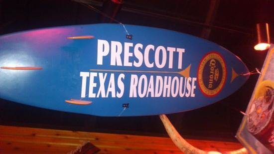 Texas Roadhouse : no surfing in the desert please!