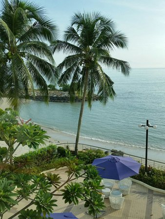 Four Points by Sheraton Penang: Lovely beachfront