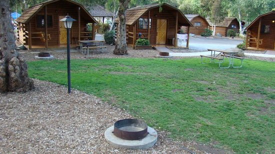 San Diego Metro KOA: Cabins