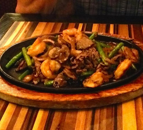 Ling & Louie's Asian Bar and Grill : surf & turf