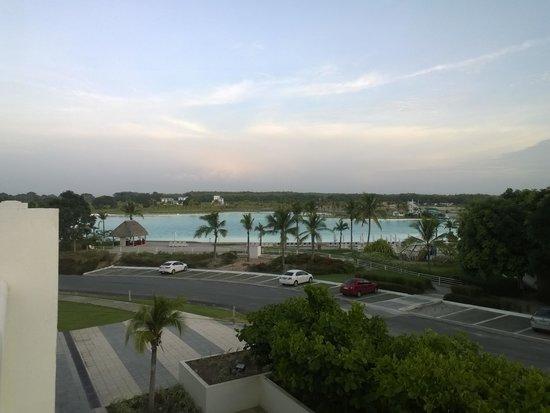 Hotel Playa Blanca Beach Resort : Vista de la Master Suite esquina con la piscina