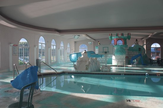 Indoor Pool And Slide Picture Of Wintergreen Resort Conference Center Wisconsin Dells