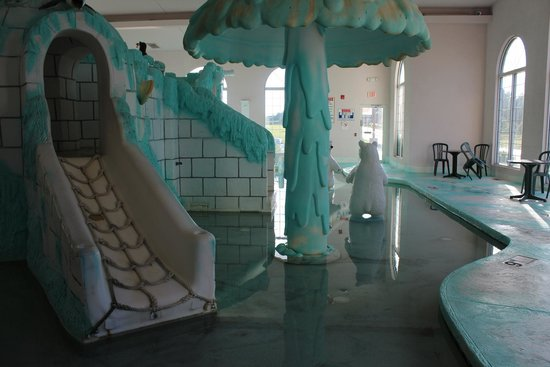 Wintergreen Resort & Conference Center : indoor waterpark