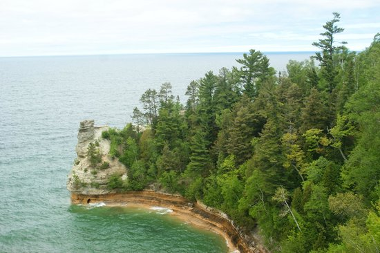 Miners Castle Rock : Exotic rock formation as seen from first lookout point.