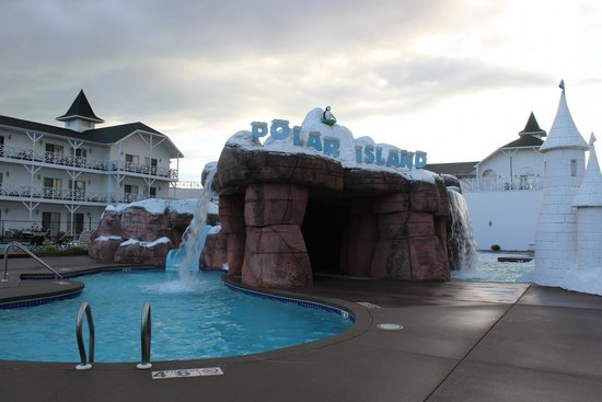 Wintergreen Resort & Conference Center : outdoor pool