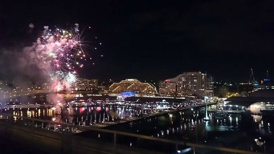 Four Points by Sheraton Sydney, Darling Harbour: View of the Darling Harbor Saturday Night Firwork