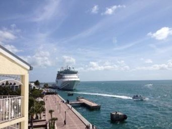mallory square and cruise ship from ocean key resort! what a beautiful place!
