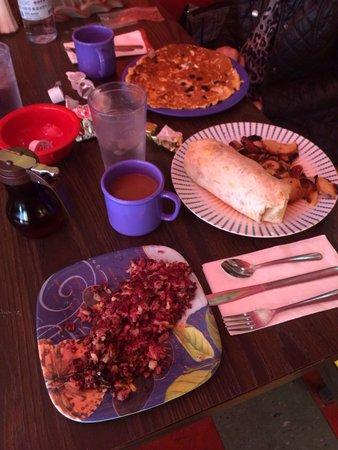 The Friendly Toast : Lotsa good food!