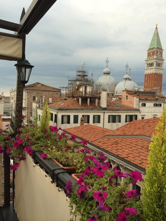 Hotel Colombina : View from my private terrace (room 405)