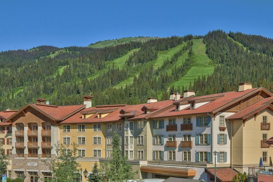 Sun Peaks Grand Hotel & Conference Centre : Hotel in the Mountains