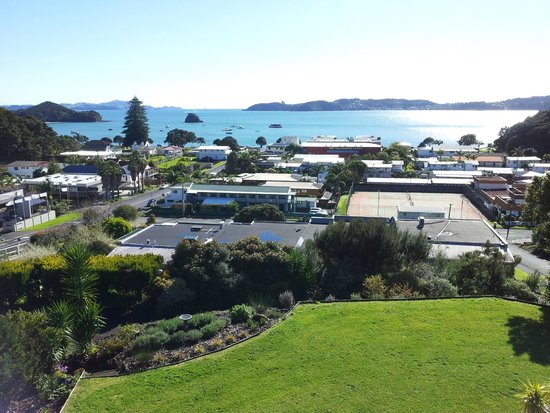 Chalet Romantica: View from the balcony looking over Paihia and the bay