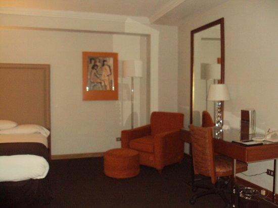 El Pardo DoubleTree by Hilton Hotel : Room