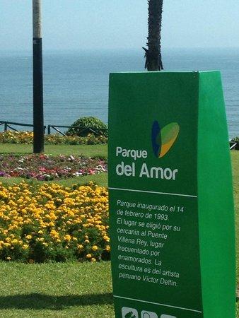 El Parque del Amor: Beautiful garden