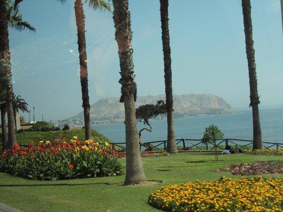 El Parque del Amor: Enjoy the view